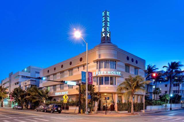 Miami Art Deco District Essex House