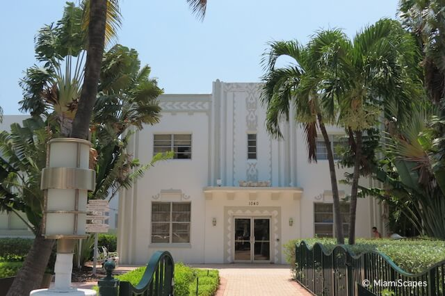 Miami Art Deco District Washington Park
