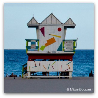 Art Deco Lifeguard Tower at  6th Street