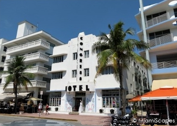 South Beach Walking Tour Art Deco
