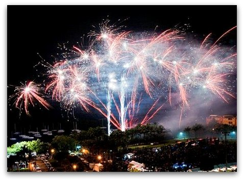 4th of July Fireworks in Coconut Grove: View from the Sonesta
