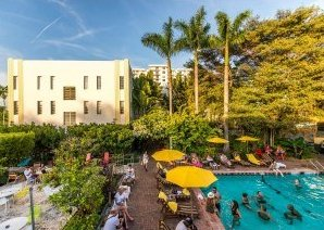 Miami Hostels: Freehand Miami Pool Area