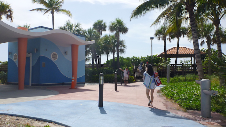 Miami Beach Restrooms and Shower Facilities