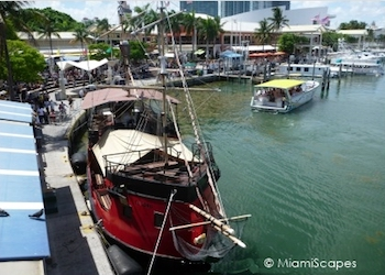 Miami Boat Tour: Pirate Ship