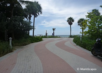 Miami Beach Walk Paved Promenades