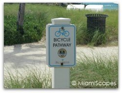Bicycle path Bal Harbour Beach