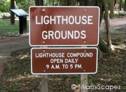 Lighthouse Grounds hours