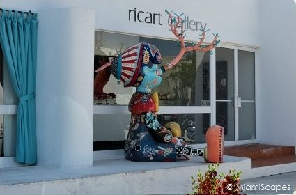 Gallery and Street Art at Miami Design District