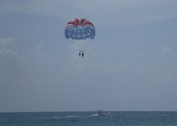 Miami Beaches Parasailing