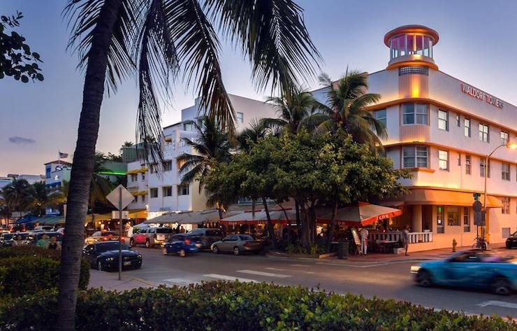 Ocean Drive Hotels South Beach Nightscene