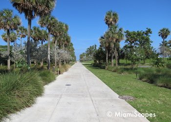 South Pointe Park walkway to beach